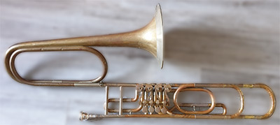 Cerveny Trombone; Valve
