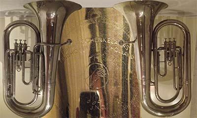 Schenkelaars Tuba